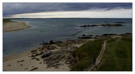chemin côtier baie de kernic cycliste à pied