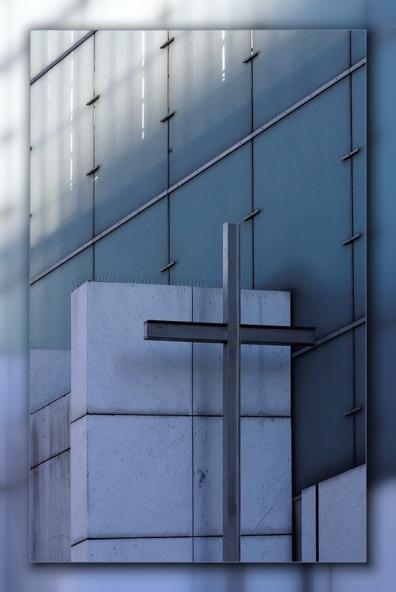 Eglise Notre Dame de la Pentecôte à la Défense