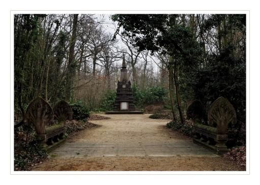 Pont Kmer et mémorial cambodgien Jadin Tropical Bois de Vincennes