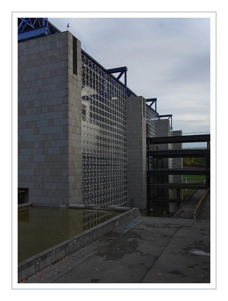façade cité des Sciences La Vilette