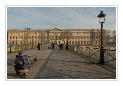 le Louvre depuis le pont des Arts