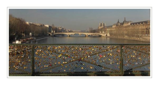les cadenas d'Amour sur le pont des Arts