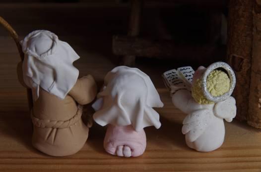 joseph marie et l'ange en porcelaine froide