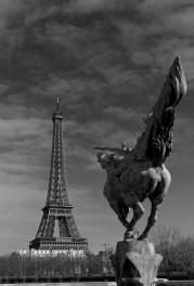 la France Renaissante, Pont de Bir Hakeim Paris 16e