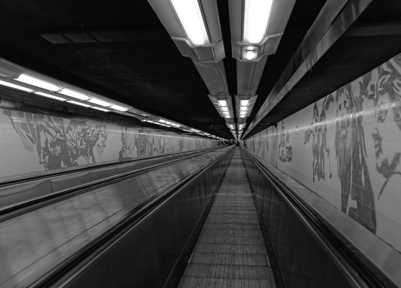 tapis roulant, couloir métro parisienyanotype_DxOVP