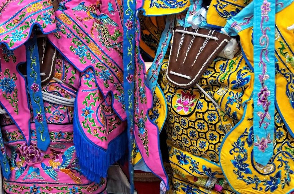 détails costumes, nouvel an chinois 2013 Paris