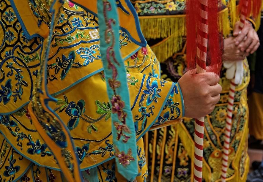 détail costume, nouvel an chinois 2013 Paris