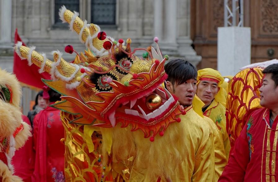 le dragon se prépare... nouvel an chinois 2013 Paris