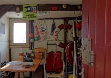 intérieur cabane du port de Maison Blanche - Brest
