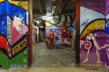 Tags - fresques parties communes Les Frigos - Paris 13e
