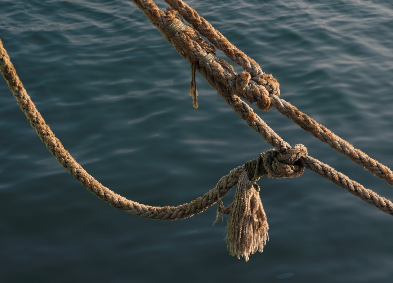 aussière trois torons,  bateau, port de Koréjou, Plouguerneau, finistère, bretagne