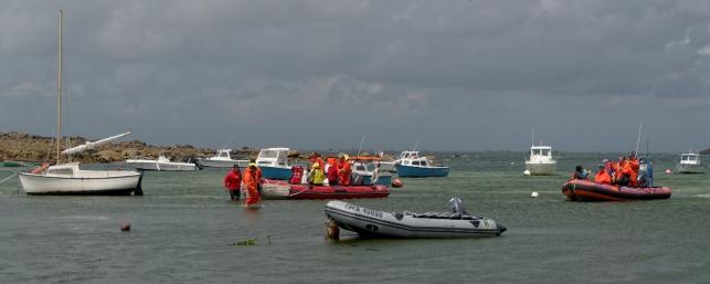zodiacs, sauvetage en mer, fête de la mer à Guissény juillet 2013, SNSM