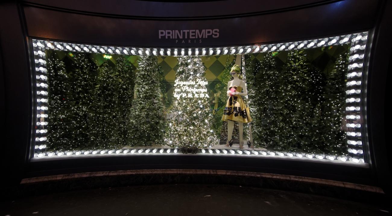 vitrines de noël à Paris, vitrines de noël, décos de noël, Noël, Paris,