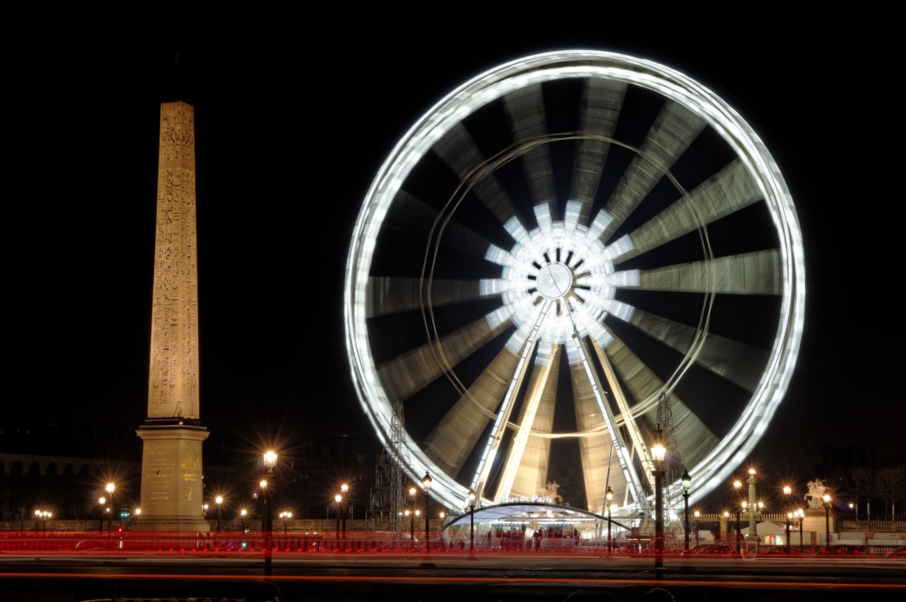 Paris le nuit, Paris by night, Place de la Concorde de nuit, la grande roue de Paris la nuit, l'obélisque de la Concorde, Paris,