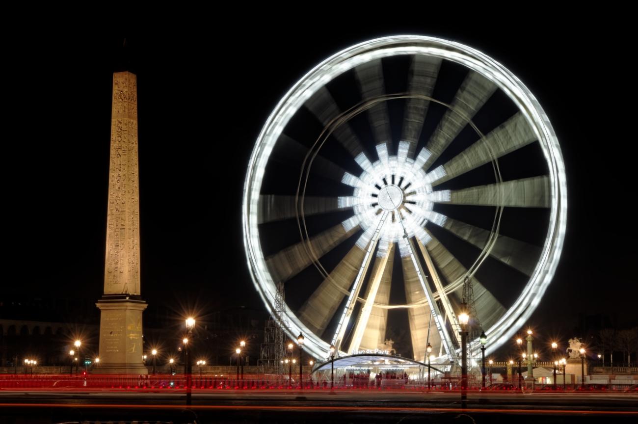 Paris le nuit, Paris by night, Place de la Concorde de nuit, la grande roue de Paris la nuit, l'obélisque de la Concorde, Paris,