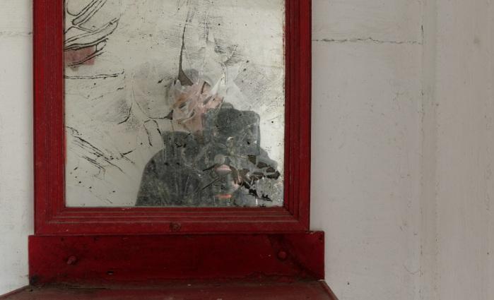 urbex, piscine abandonnée, auto-portrait