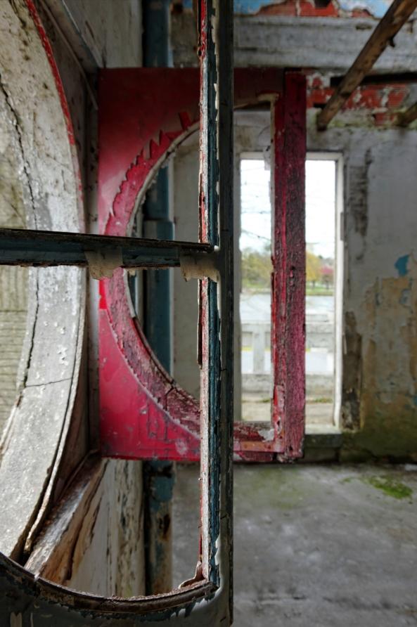 urbex, piscine abandonnée, fenêtres