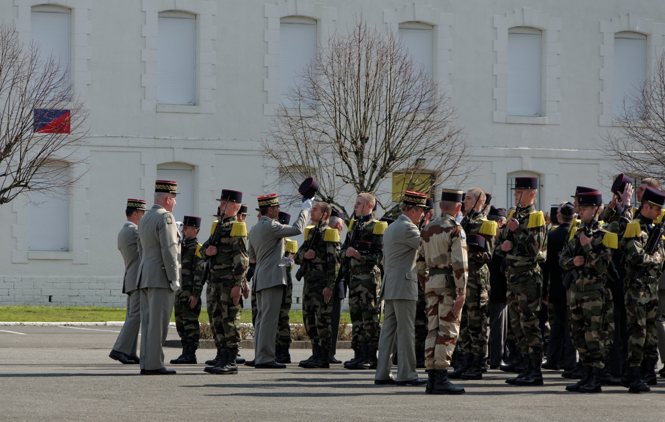 remise képi, 3e RIMA Vannes, Maxime Nguyen Duc Long,Chef d'Etat Major de l' Armée de Terre Bertrand Ract Madoux