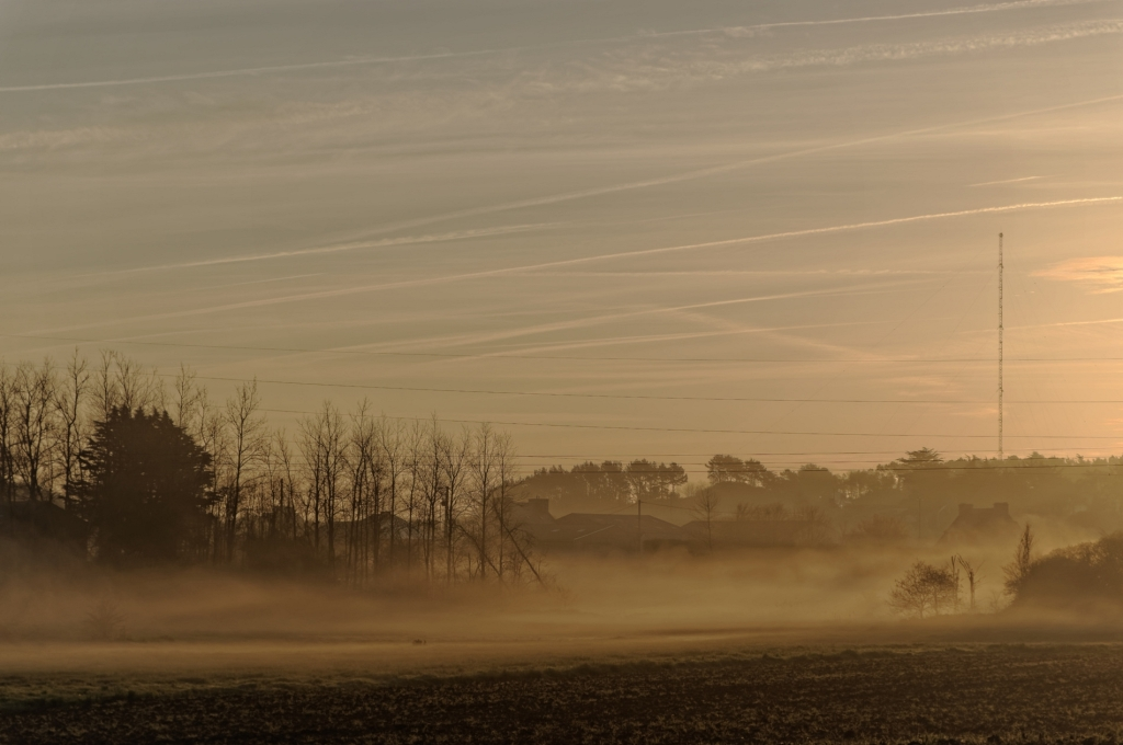 Guissény sur mer, Guissény côté terre, brume matinale