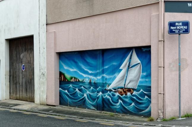 fresque murale à Brest - porte garage rue Yves Collet