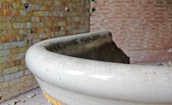 détail baignoire domaine des 3 colonnes