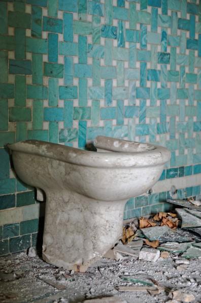 bidet salle de bains, domaine des3colonnes