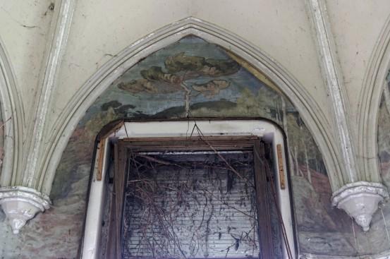 domaine des 3 colonnes, détails fresque chambre