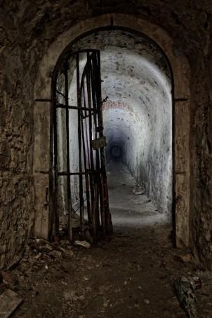 domaine des 3 colonnes - le tunnel