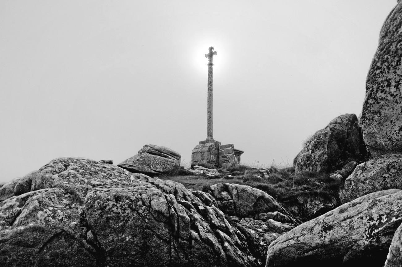 calvaire Croaz An Aod, baie de Guissény, brume, finistère, bretagne