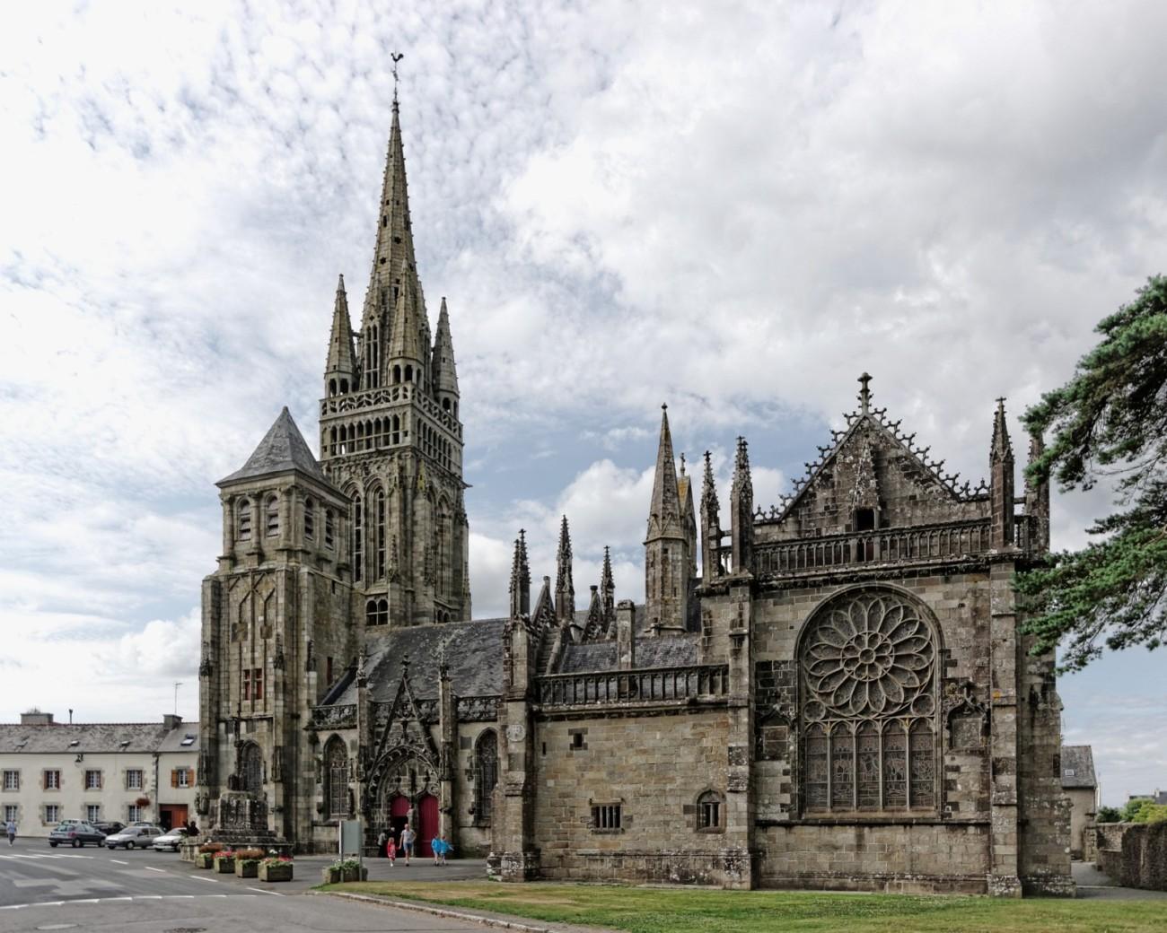 Basilique Notre Dame du Folgoet, bretagne, finistère