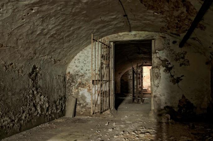 caves voutée à vin château Popkov