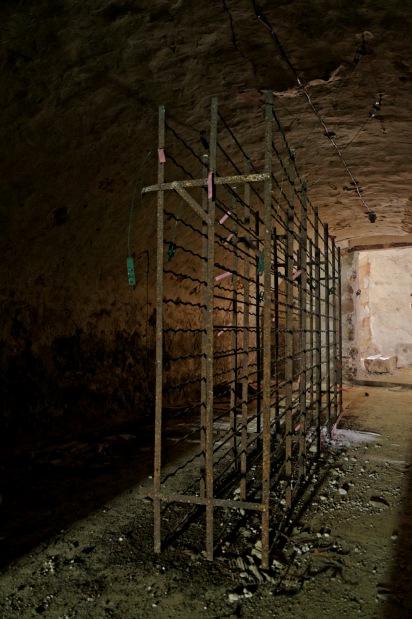 casier bouteilles cave château Popkov
