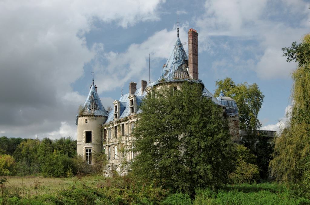 urbex, exploration urbaine, urbex château Popkov, urbex château, façade arrière château Popkov