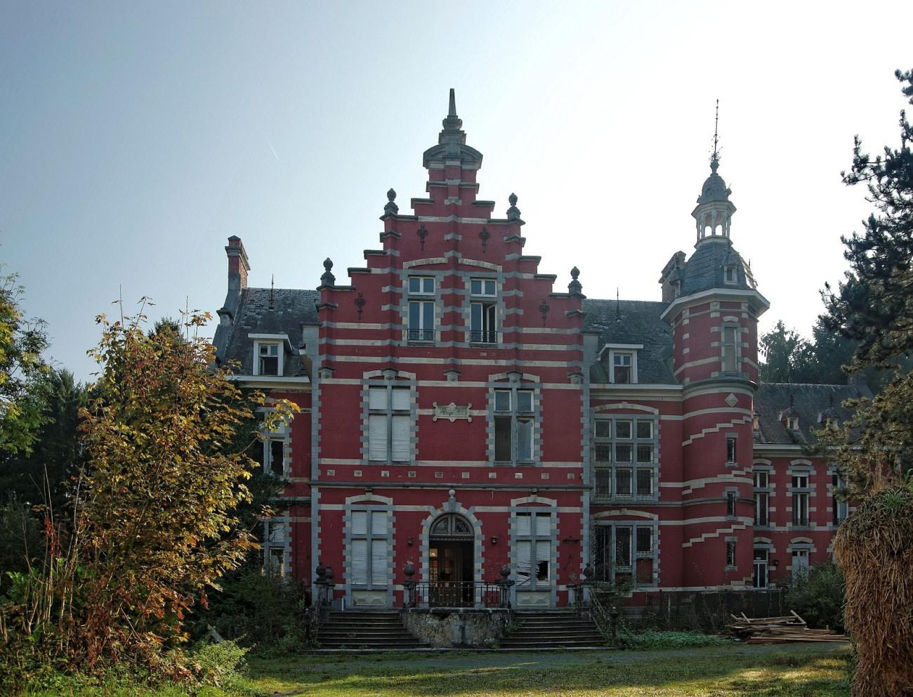 urbex, Le Château Rouge, exploration urbaine,