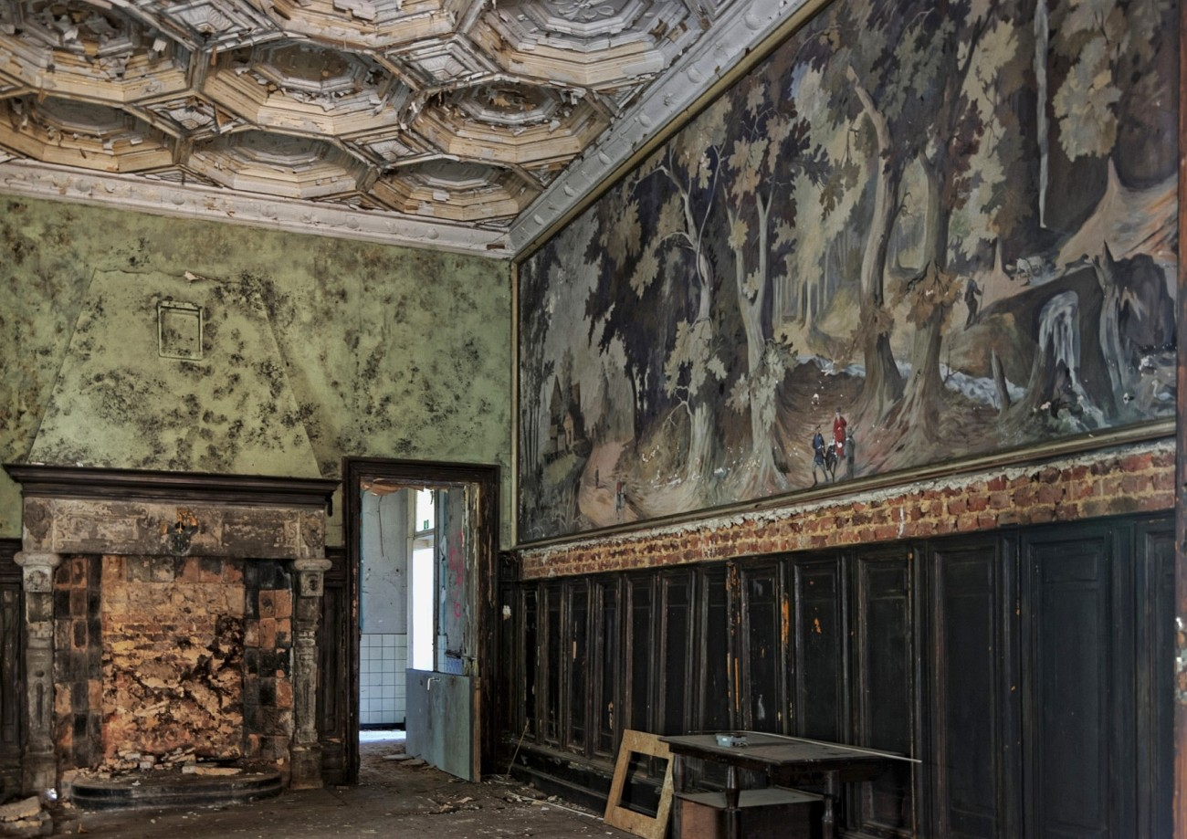 salle à manger château Rouge, château Bambi, urbex, exploration urbaine