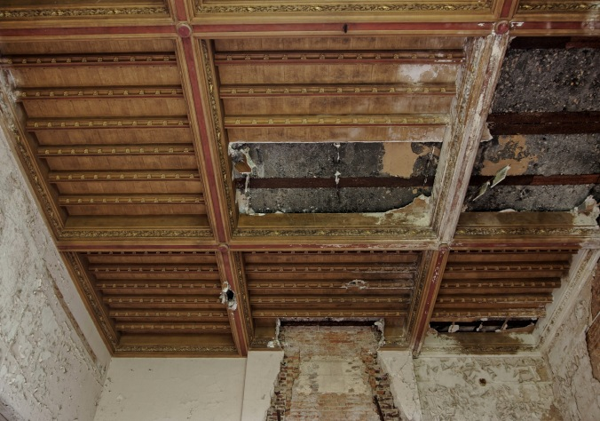 plafond salle à manger rez-de-chaussée château Miranda