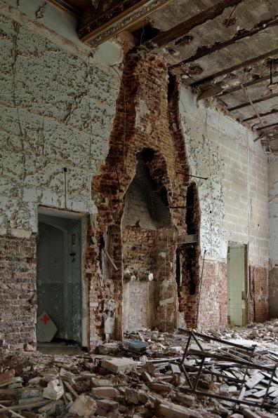 emplacement cheminée rez-de-chaussée château Miranda
