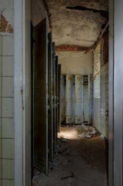 vestiaires sous-sol château Miranda