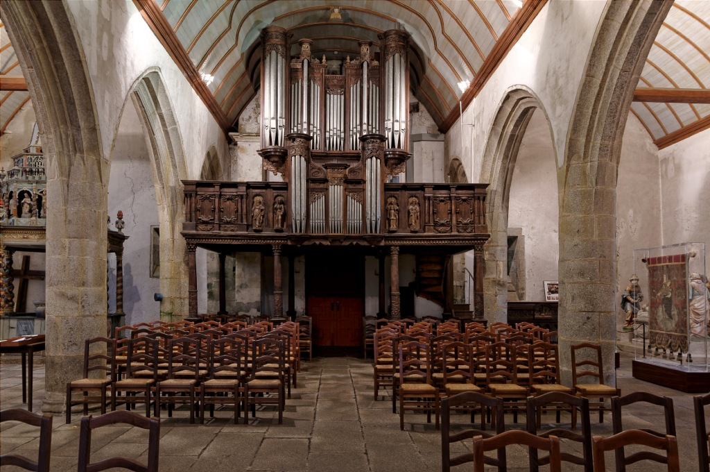 orgue église Notre Dame Lampaul Guimiliau