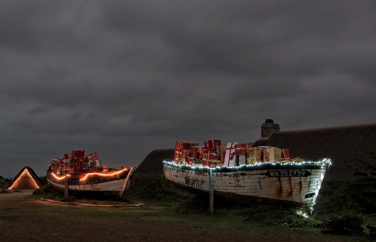 Noël, cadeaux, vieilles coques, bateau, Ménéham, Kerlouan, fniistère, bretagne, village de pècheurs de Ménéham