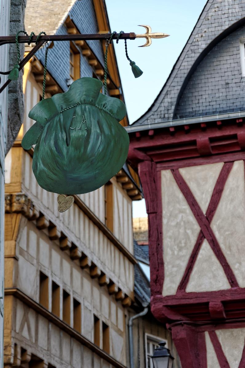 Vannes, Morbihan, enseigne, maison à pans de bois, bretagne
