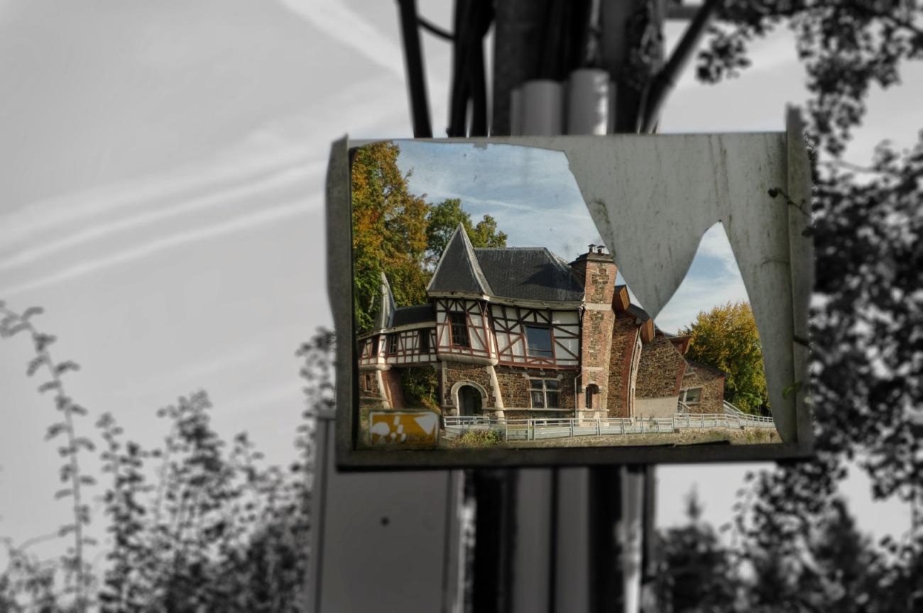 sanatorium à Basile, urbex, exploration urbaine, Belgique, miroir,