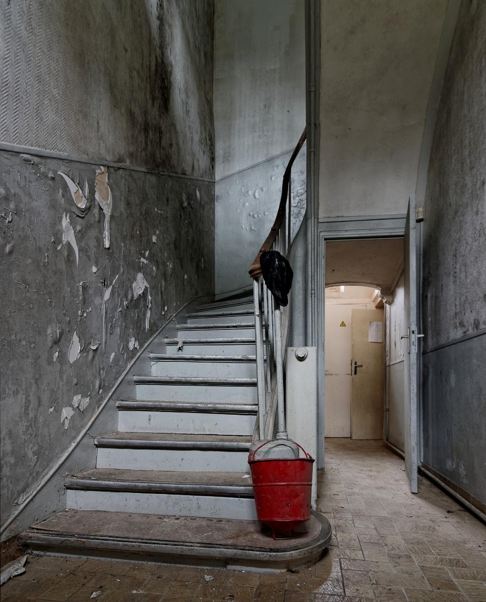 urbex, exploration urbaine, Le château social, Griffon d'Or, Gryffondor, les escalier du château social en urbex