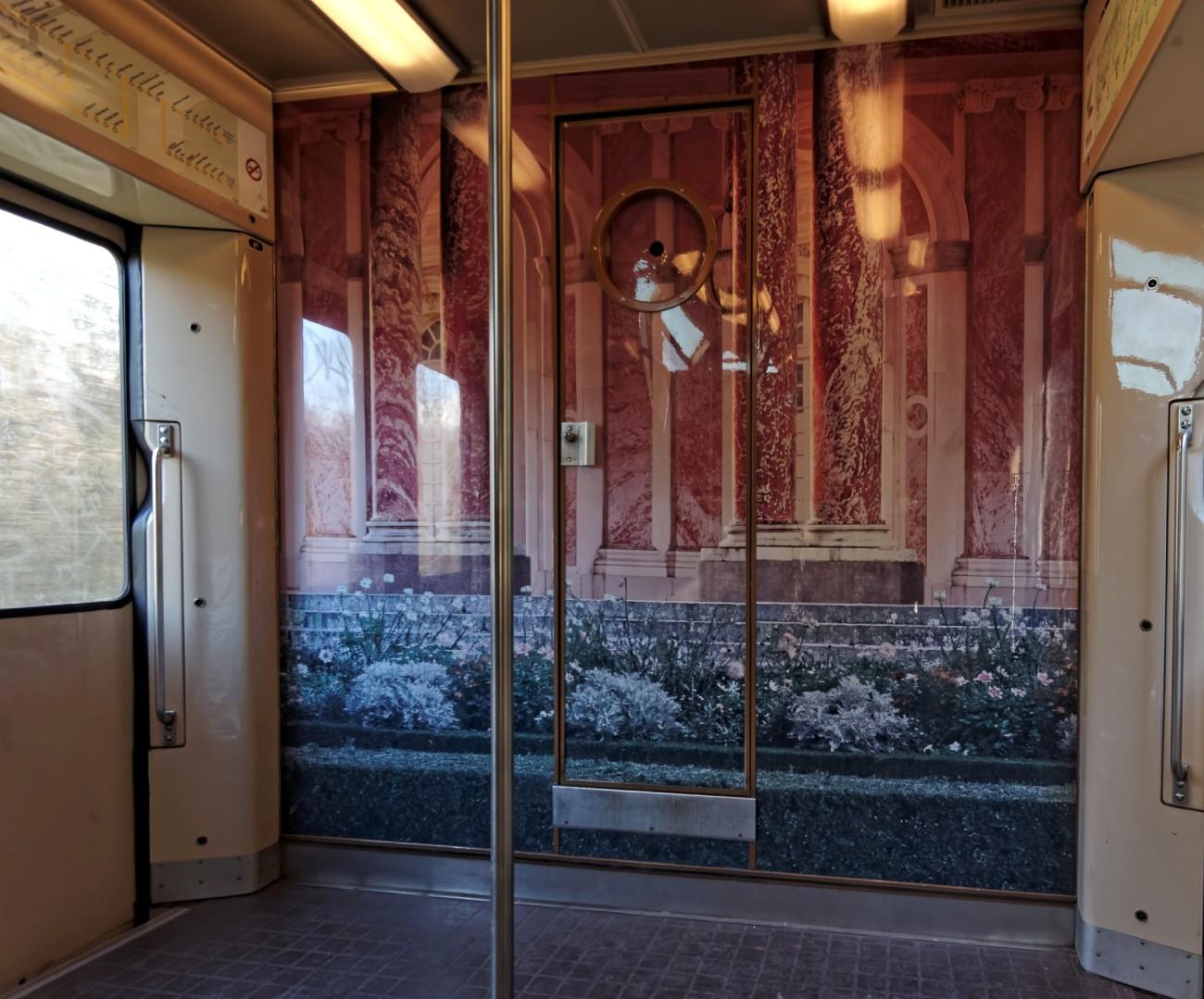 transports en commun, ligne C RER, wagon ligne C, Paris, RER Paris-banlieu