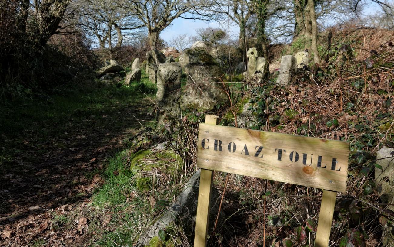 Croaz Toull de Frout Creiz, Guissény, haut moyen âge, finistère, Bretagne