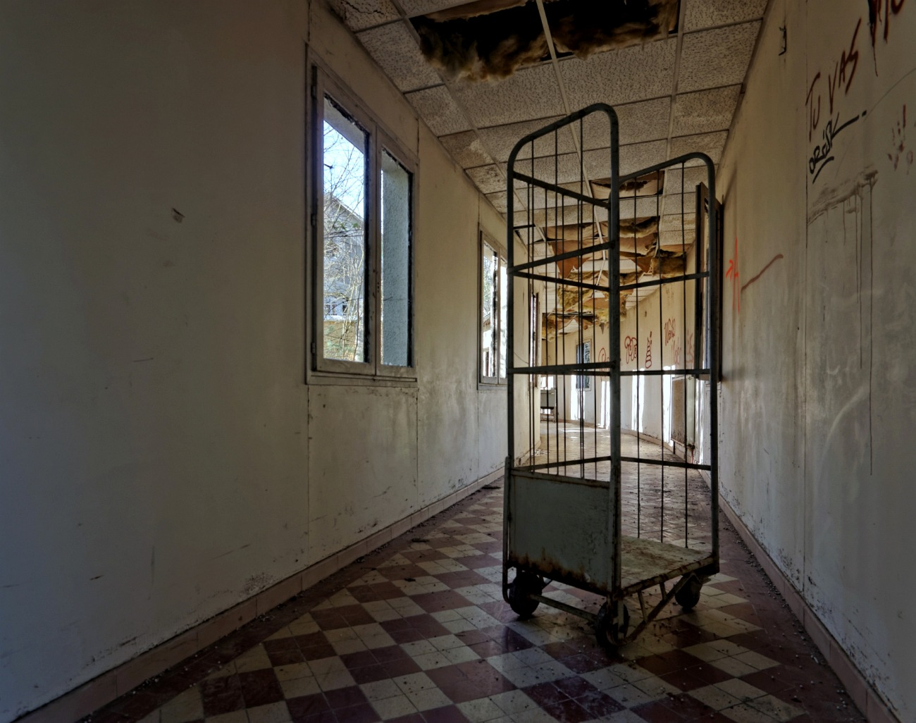 couloir sanatorium delirium, exploration urbaine, urbex