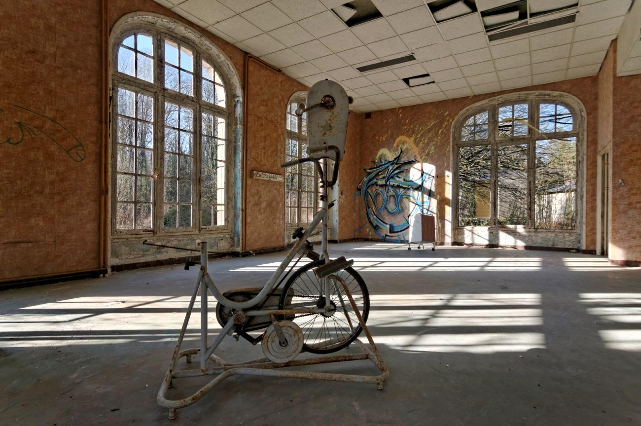 urbex, exploration urbaine, sanatorium délirium, vélo d'appartement,