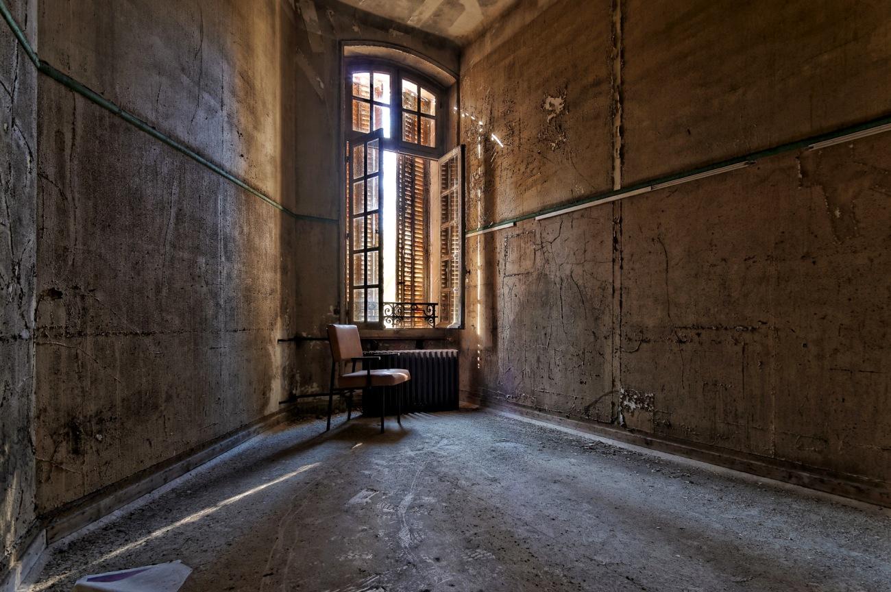 urbex,exploration urbaine,sanatorium délirium, sanatorium dans la forêt,
