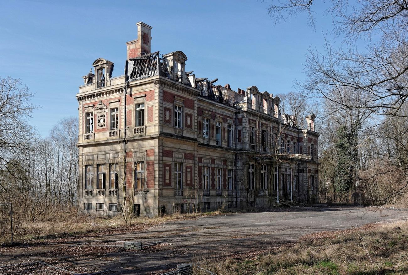 Urbex - Façade avant, château Fruminet