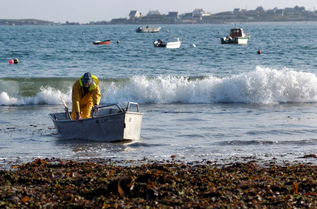 retour de pêche au Curnic, port du Curnic,  Guissény, bretagne, finistère